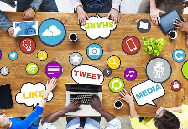 Các hình thức truyền thông xã hội